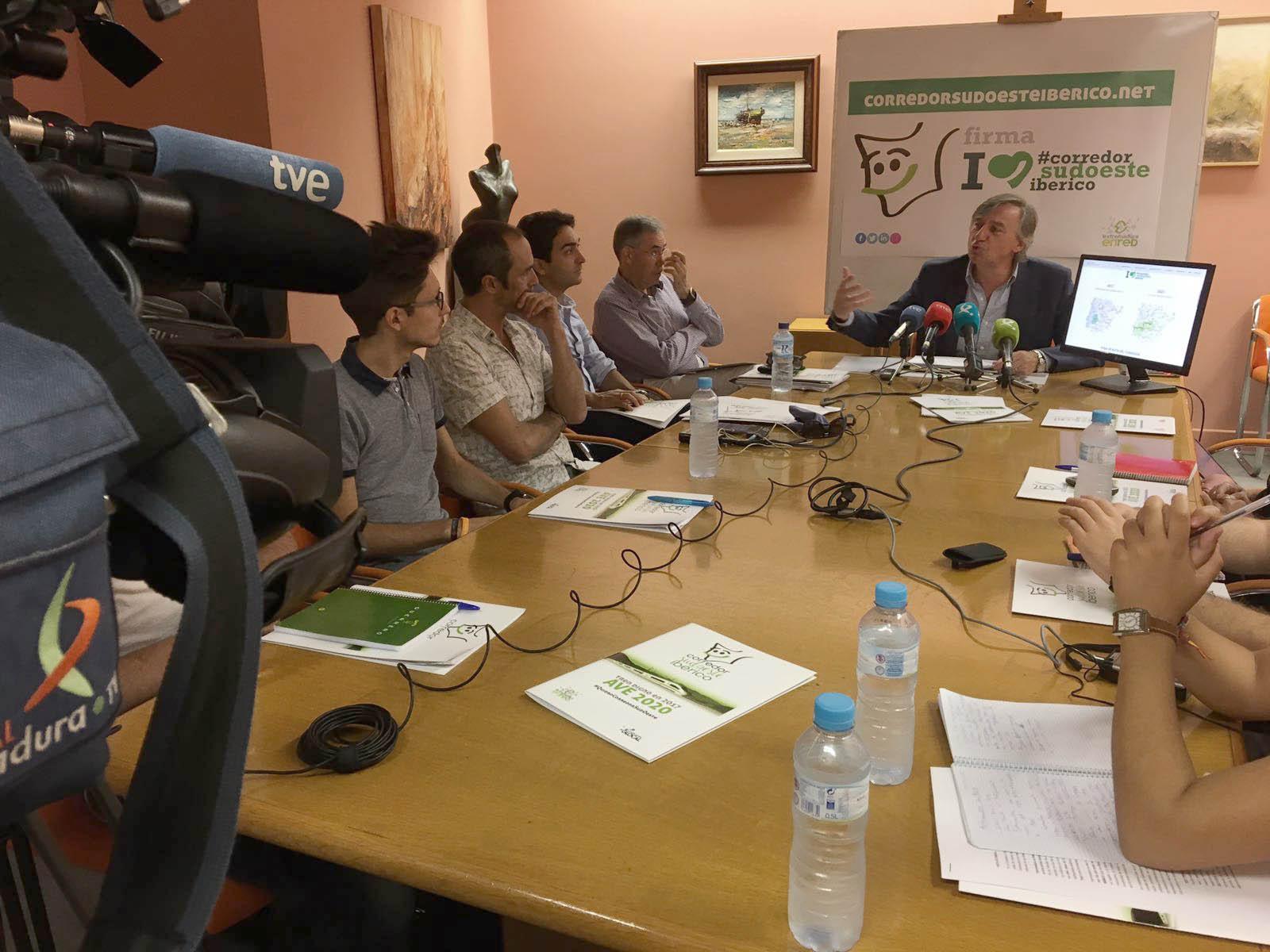 Presentación de la nueva web, Campaña de Adhesión y Plan de Acciones
