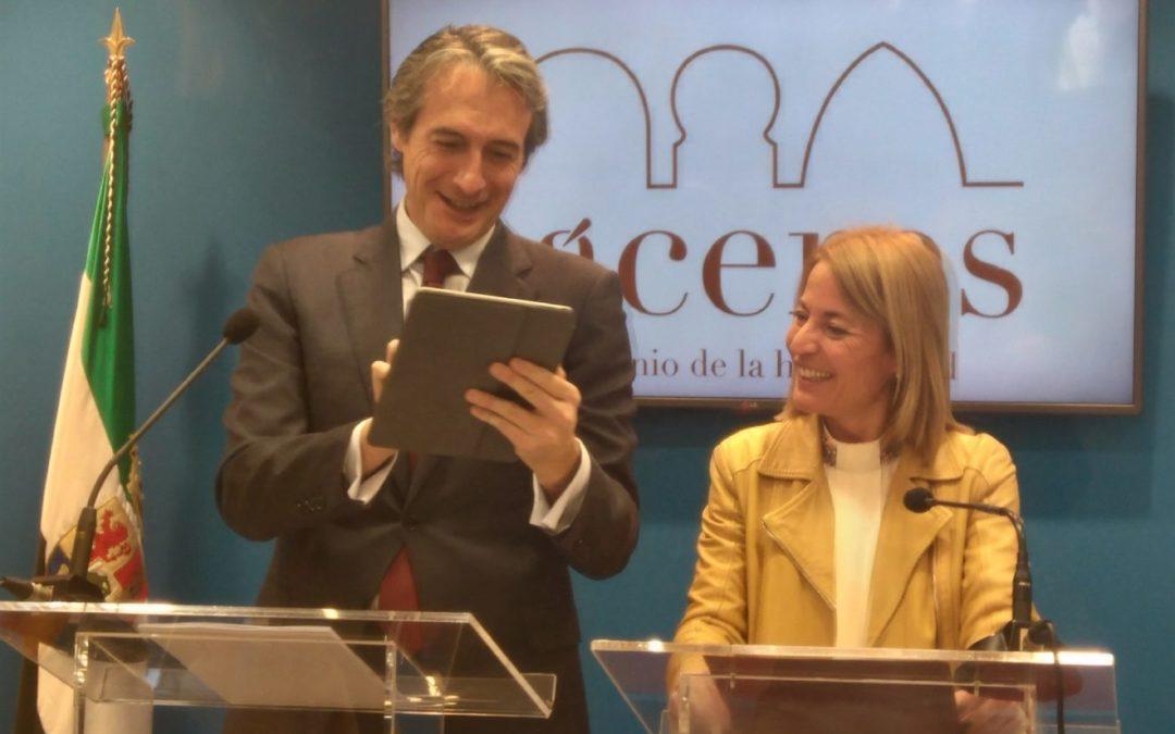 AVE Extremadura: El ministro Íñigo de la Serna mantiene que las obras del tramo extremeño concluirán en 2019 (DIGITAL EXTREMADURA.COM)
